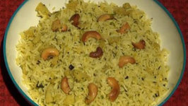 Mamidikaaya Pulihora - Raw mango Yellow Rice