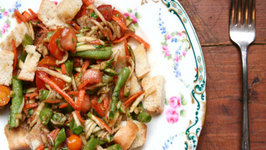 Panzanella Salad with Summer Veggies