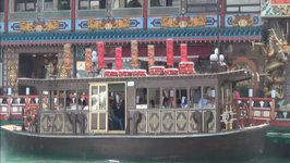 Taking a Sampan Boat Tour Around Aberdeen in the South China Sea - Hong Kong