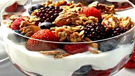 Healthy Fruity Chocolate Yogurt Parfait