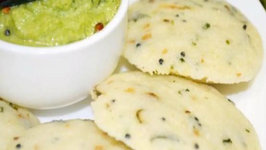 Ravva Idli / Sooji Idli - South Indian Breakfast / Snack