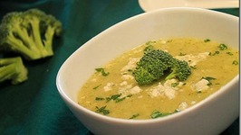 Low Calorie Cheesy Cauliflower And Broccoli Soup