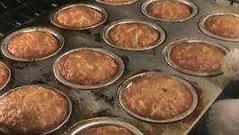 Grandma's Apple Muffins