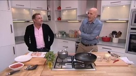 Actor John Thomson and Chef Simon Rimmer Make Healthy Chicken Curry