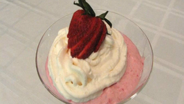 Lynn's Strawberry Cheesecake Mousse