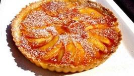 Pear Cream Pie with Apricot Glaze