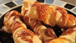 Twisted Cheese Sticks