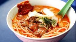 Singaporean Laksa Soup