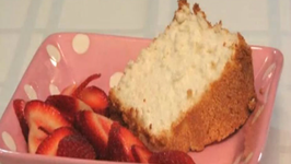 Lynn's Angel Food Cake