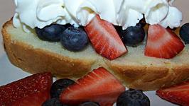 Lite Lemon Loaf Cake