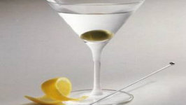 Dry Martini - The Classic Gin Cocktail
