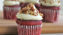 Easy Red Velvet Cupcakes Recipe with Cream Cheese Frosting