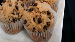 Lynn's Peanut Butter Chocolate Chip Muffins