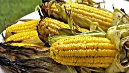 Easy Grilled Corn on The Cob- Sweet and Smokey