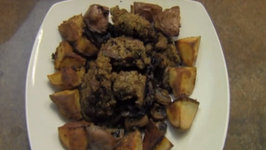 Jewish Food: Chicken Liver With Gribenes Fried Onions And Mushrooms With Roasted Potatoes