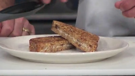 Crunchy Jelly Cheese French Toast Sandwich
