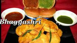 Mumbai Special Vada Pav - Part 2 : Assembling the Vada Pav