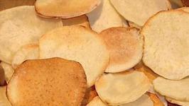 Healthy Baked Malanga Chips