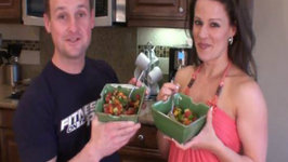 Jons Rainbow Salad - Jon and Julieanna in the Kitchen
