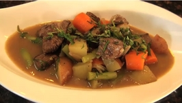 Mint Beef Stew with Shallots and Carrots