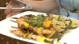Chipotle Shrimp, Ripe Mango and Sweet Onion Kebabs