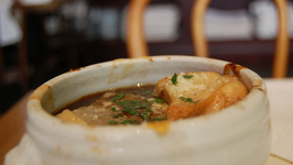 Classic French Onion And Cheese Soup