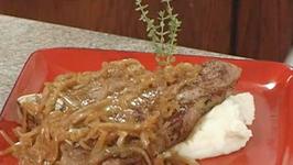 Ale Bronzed Steak with Caramelized Onions