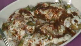 Spinach Pakoda Chaat