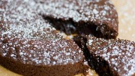 Kladdkaka (Swedish Sticky Chocolate Cake)