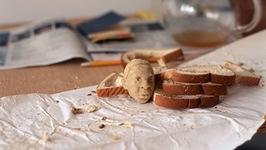 Artist Sculpts Jay-Zs Head In Bread!