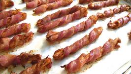 Microwave Bacon Sticks