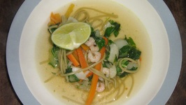 Thai noodle soup with vegetables and shrimps