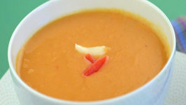 Garlicky Lentil and Tomato Soup (Low Calorie) by Tarla Dalal