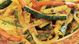 Stir Fried Zucchini And Bell Pepper