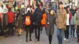 Hongdae Time Lapse Video (Koreans, Foreigners, Shopping, Culture) Seoul, Korea