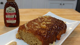 Sticky Ginger Cake with Rowse Honey