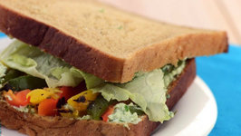Herb Cheese and Roasted Capsicum Sandwich (Healthy Breakfast)