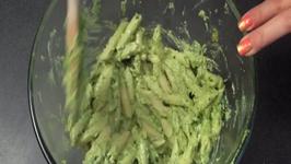 How to Make Pesto and Goat Cheese Pasta