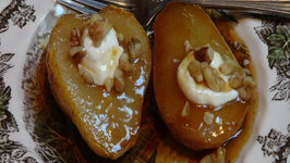 Roasted Pears with Sour Cream and Walnuts