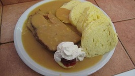 Golden Sour Cream Sauce