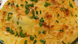 Betty's Sour Cream and Chives Holiday Potato Casserole -- Thanksgiving