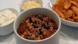 Three Amigos Chili - Lynn's Super Bowl