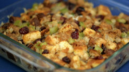 Thanksgiving Turkey Stuffing Bake