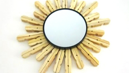 How to make a decorated mirror using clothespins