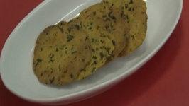 Baked Methi Puris ( Low Calorie )