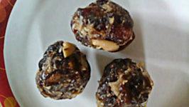 Dry Fruits Khajoor Laddu