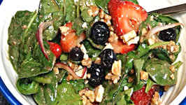 Spinach Salad with Berries and Toasted Walnuts