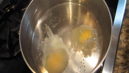 Perfectly Poached and Hardboilded Eggs