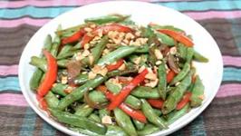 Asian-Style Green Bean Stir-Fry