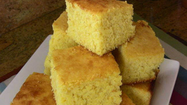 Holiday Series: Sweet Cornbread Super Easy